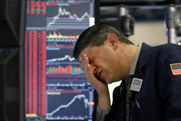 Chứng khoán thế giới đối mặt nhiều rủi ro trong năm 2021.