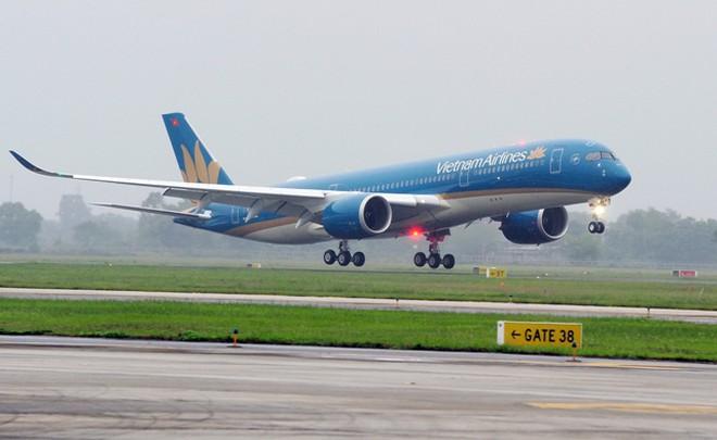 tiep-vien-hang-khong-lay-nhiem-covid-19-vietnam-airlines-nhan-loi-1